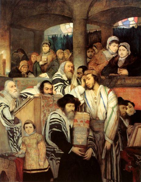Praying_Yom_Kippur-786831